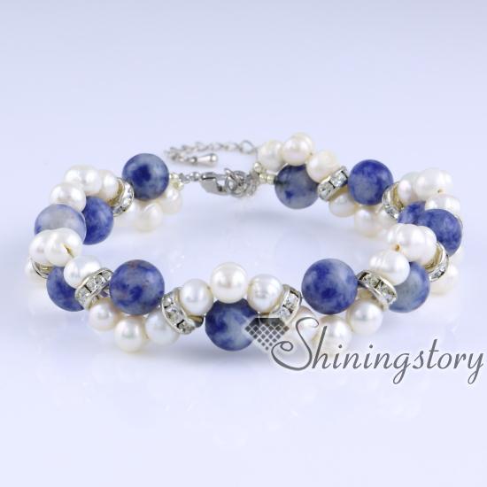 Freshwater Pearl Bracelet With Semi Precious Stone
