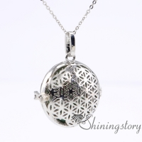 openwork aromatherapy necklace diffuser lockets wholesale diffuser jewelry essential oil pendant necklace