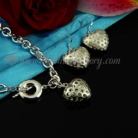 openwork toggle necklaces and heart earrings jewelry sets